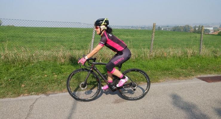 """6e2f4d4edef9 In occasione della tappa bolognese del Bike Shop Test 2017 abbiamo provato  l'abbigliamento BRN Bike Wear versione donna, sul percorso """"road""""."""