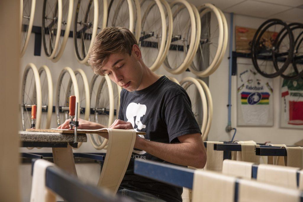 Vittoria acquisisce il marchio A.Dugast: gli artigiani olandesi dei tubolari